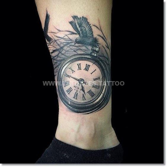 50 ideas de tatuajes de relojes foto y significado for Reloj para tatuar