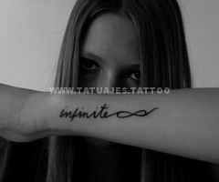 tatuaje del infinito en el brazo 5