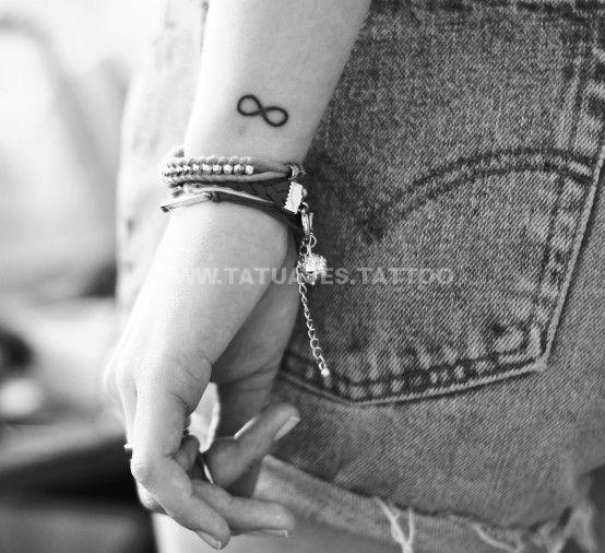 tatuaje del infinito en la muñeca (3)