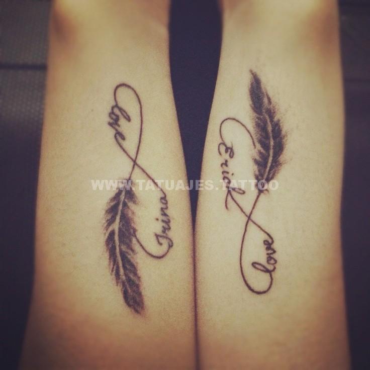 tatuajes del infinito con las muñecas