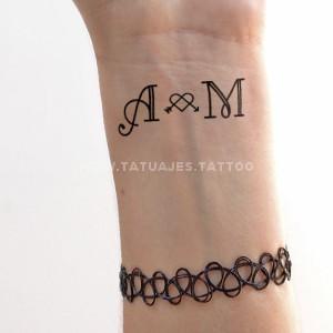 iniciales6 Tatuajes de Iniciales